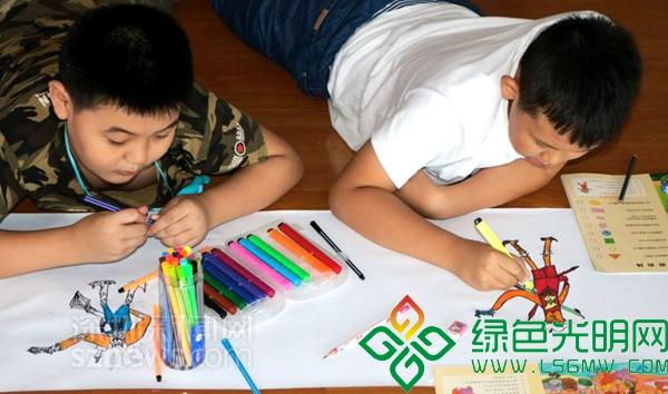 公明儿童手绘15米长度画卷